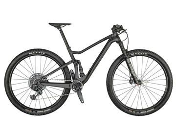 Mountain bike full in carbonio